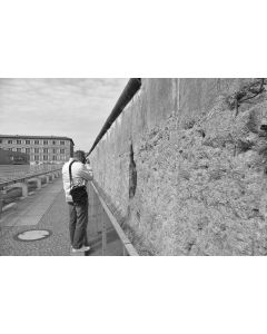 Photographer at the Berlin Wall
